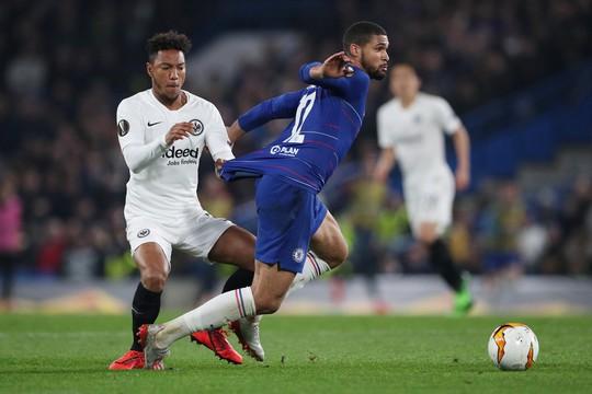 Arsenal đại thắng nhờ hat-trick, Chelsea nghẹt thở thắng luân lưu - Ảnh 8.