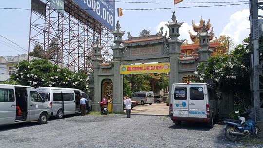 Long An: Tổ chức đám cưới trong chùa Phước Bảo - Ảnh 3.