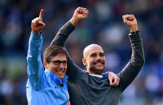 Man City biến Liverpool thành á quân vĩ đại - Ảnh 1.
