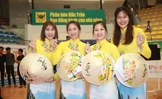 VTV Bình Điền Long An đánh bại Đại học Nam Kinh (Trung Quốc) - Ảnh 4.