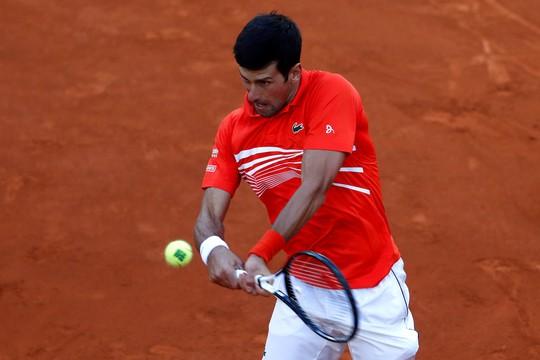 Vô địch Madrid Open 2019, Djokovic san bằng kỷ lục Rafael Nadal - Ảnh 1.