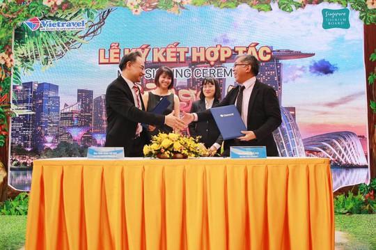Vietravel hợp tác với STB thu hút du khách Việt tới Singapore - Ảnh 1.