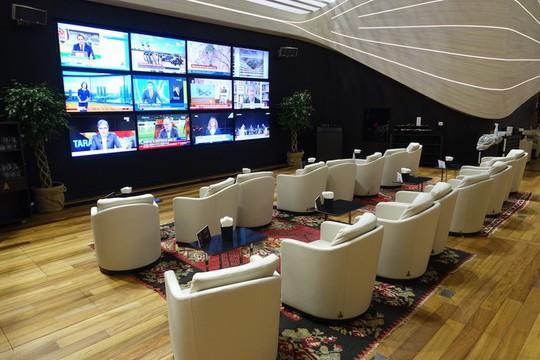 Phòng chờ như khách sạn 5 sao trong sân bay lớn nhất thế giới - Ảnh 2.