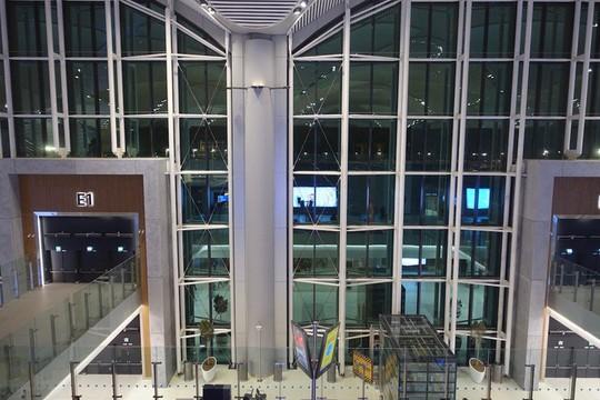 Phòng chờ như khách sạn 5 sao trong sân bay lớn nhất thế giới - Ảnh 12.