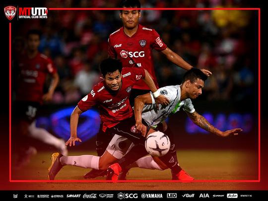 Đội bóng của Đặng Văn Lâm cấm cầu thủ lên tuyển dự Kings Cup - Ảnh 1.
