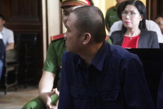 Mot tong giam doc choi tro lieu o TP HCM