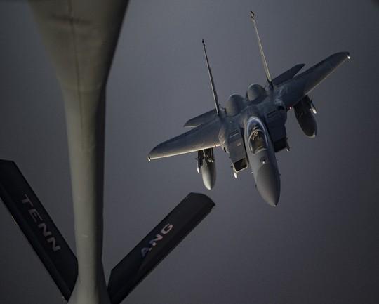 Mỹ sẽ triển khai 120.000 quân nếu Iran tấn công - Ảnh 2.