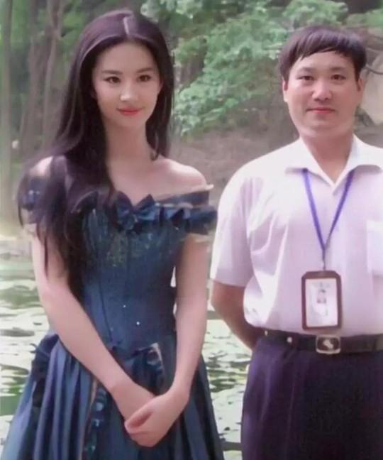 Bí quyết giữ mãi vẻ đẹp từ trẻ đến khi 30 của Lưu Diệc Phi - Ảnh 7.