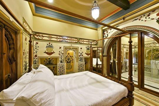 Choáng ngợp 8 khách sạn từng là cung điện xa hoa bậc nhất đất Phật - Ảnh 23.