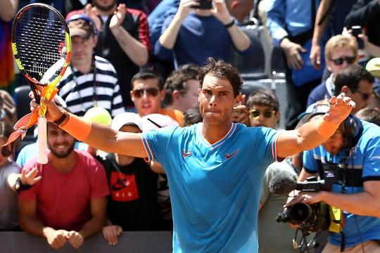 Federer khởi đầu suôn sẻ ở Rome Open 2019, Nadal cũng chẳng kém cạnh - ảnh 2
