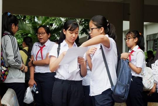 Đà Nẵng: Bỏ thi ngoại ngữ lớp 10 gây tranh cãi - Ảnh 1.
