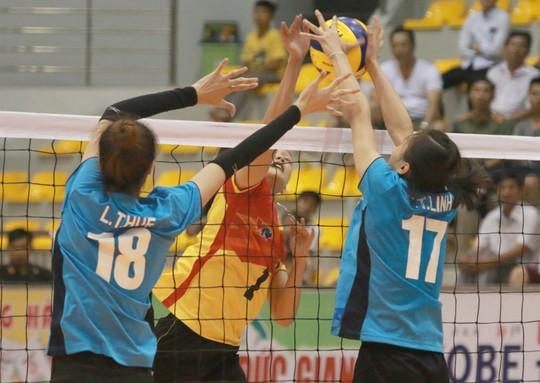Rượt đuổi thót tim, VTV Bình Điền Long An đoạt vé bán kết - Ảnh 5.