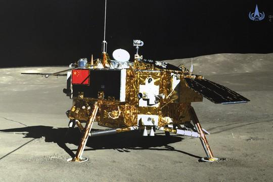 Trung Quốc vượt mặt Mỹ về phát hiện đột phá trên mặt trăng - Ảnh 1.