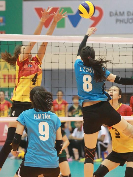 Rượt đuổi thót tim, VTV Bình Điền Long An đoạt vé bán kết - Ảnh 6.