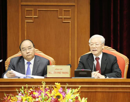 Thủ tướng điều hành phiên họp đầu tiên Hội nghị Trung ương 10 - ảnh 1