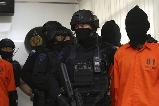 Indonesia phá âm mưu khủng bố của nhóm cựu thành viên IS - Ảnh 1.