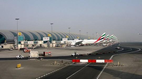 Rơi máy bay ở Dubai, không một ai sống sót - Ảnh 1.