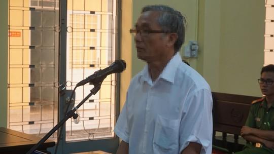 Ba Ria - Vung Tau Thay giao vua nghi huu yeu hoc tro cu duoi 16 tuoi