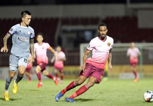 Trận đấu định đoạt suất lên tuyển của CLB TP HCM: Thầy Park tìm người thay Duy Mạnh - Ảnh 1.