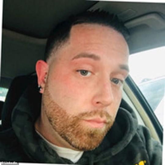 Mỹ: Nữ cảnh sát thuê sát thủ giết chồng và con gái - Ảnh 2.
