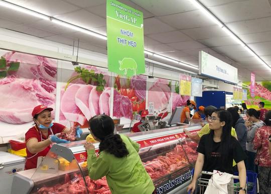100% siêu thị của Saigon Co.op đang kinh doanh thịt heo an toàn - Ảnh 1.