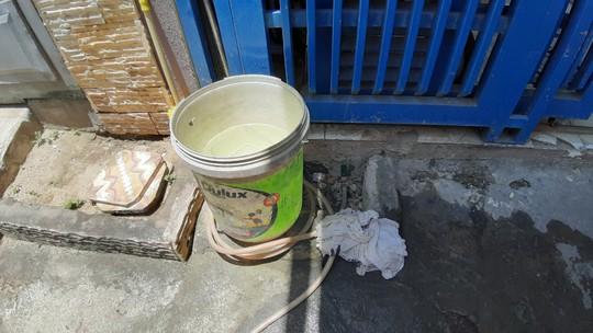 Đà Nẵng: Người dân một số khu vực khốn đốn vì nước sạch không có một giọt - Ảnh 3.