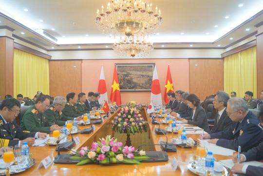 Bộ trưởng Quốc phòng Nhật Bản thăm chính thức Việt Nam - ảnh 7