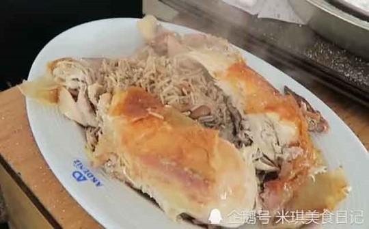 Tò mò món gà nướng muối phải dùng búa đập ở Thổ Nhĩ Kỳ - Ảnh 6.