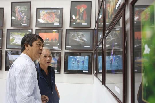 Khai mạc triển lãm giao lưu ảnh nghệ thuật Việt - Hàn - Ảnh 2.