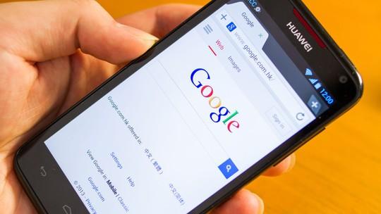 Google đòi chia tay Huawei, người dùng Việt Nam lo lắng - Ảnh 1.