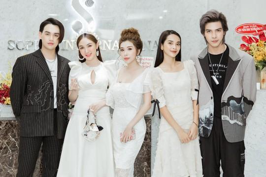 Sao Việt dự lễ khai trương thẩm mỹ viện Sophie International chuẩn 5 sao - Ảnh 1.