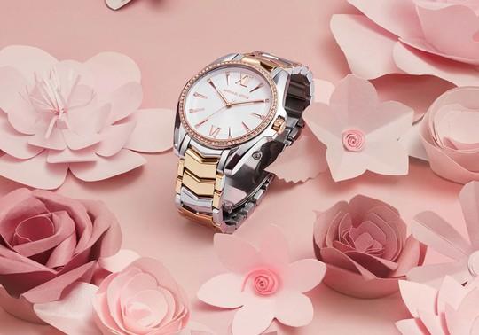 5 thương hiệu đồng hồ chính hãng không thể không yêu - Ảnh 3.