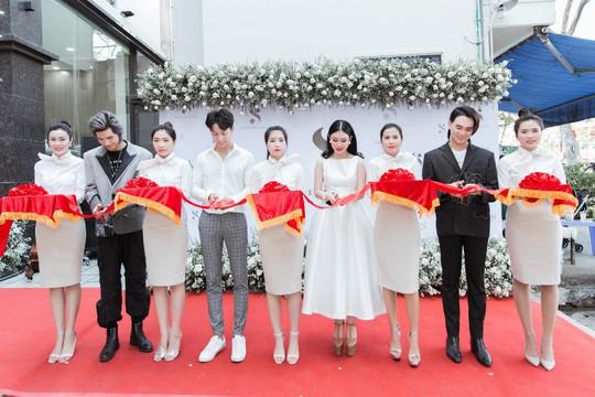 Sao Việt dự lễ khai trương thẩm mỹ viện Sophie International chuẩn 5 sao - Ảnh 3.