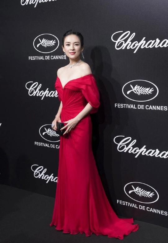 Chương Tử Di cuốn hút trên thảm đỏ Cannes 2019 - Ảnh 7.