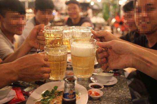 Hệ lụy từ cường quốc rượu bia - Ảnh 1.
