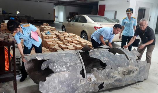 Ngư dân Quảng Ninh bắt được vật thể lạ trên biển - Ảnh 1.