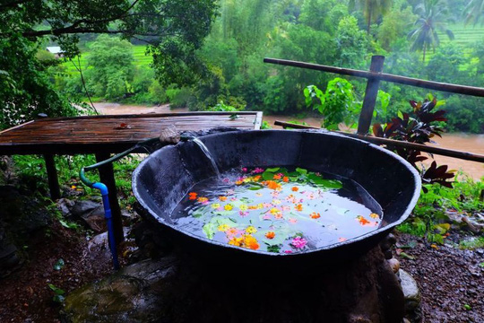 Tắm vạc dầu, trải nghiệm khó quên ở Philippines - Ảnh 3.