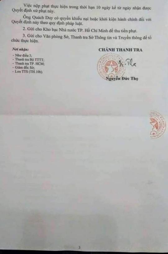 Mot chuyen vien Van phong UBND TP HCM bi phat do xuc pham lanh dao