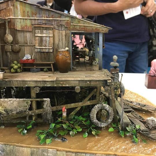 Nhà nổi trên sông Việt Nam làm người Nhật xao xuyến - Ảnh 2.