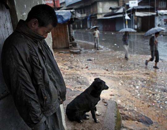 Cuộc sống ở nơi mưa nhiều nhất thế giới - Ảnh 4.