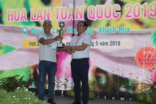 Chiêm ngưỡng 800 giò lan độc đáo tại Hội thi Hoa lan toàn quốc - Ảnh 1.