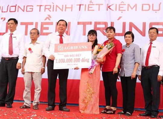 Sau giải Vietlott khủng đầu tiên, Trà Vinh lại có người trúng thưởng tiền tỉ của Agribank - Ảnh 1.