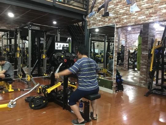 Tập gym: Người khỏe, kẻ chấn thương - Ảnh 1.
