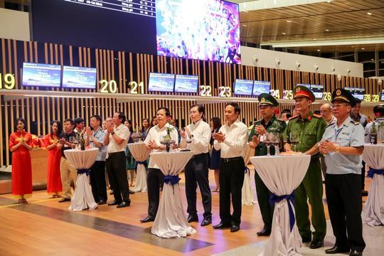 Khai trương đường bay Vân Đồn - Thâm Quyến, sân bay Vân Đồn hiện thực hóa mục tiêu thị trường quốc tế - Ảnh 1.