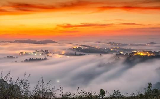 Những điểm ngắm sương vờn mây lúc bình minh ở Đà Lạt - Ảnh 2.