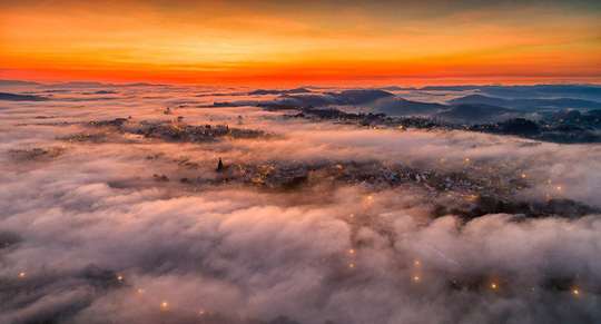 Những điểm ngắm sương vờn mây lúc bình minh ở Đà Lạt - Ảnh 6.