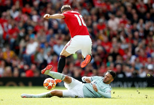 Ferguson tái xuất, Man United đè bẹp Bayern Munich ở Old Trafford - Ảnh 10.