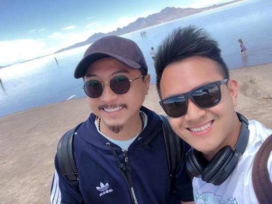 Con trai nghệ sĩ Hoài Linh đăng ảnh du lịch với cha ở Mỹ - Ảnh 4.