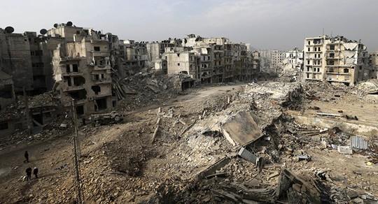 Phiến quân Syria bị tố chuẩn bị dùng tên lửa chứa chất độc - Ảnh 1.