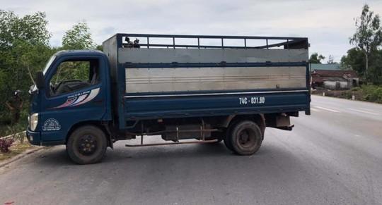 Chiếc xe tải tông vào CSGT khiến một cán bộ nhập viện